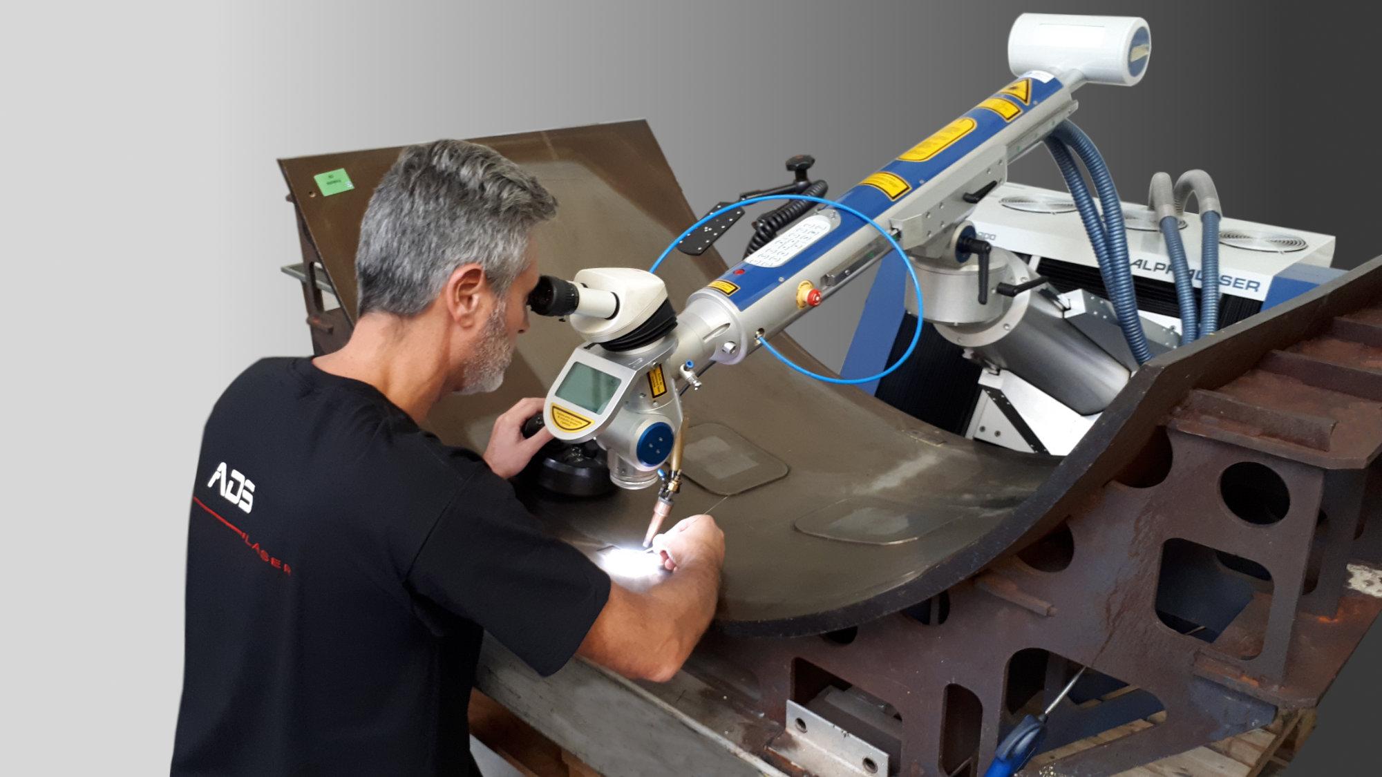 Parc machines ADS Laser - Station source yag pulsé 300W
