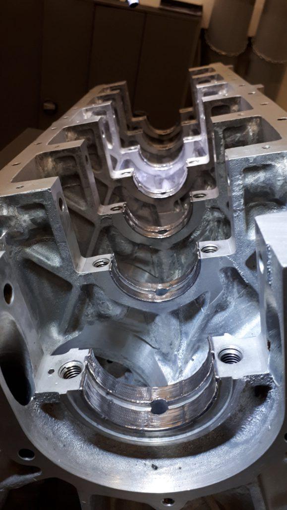ADS Laser - Paliers sur bloc moteur V12
